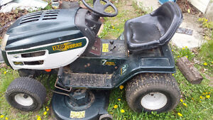 Riding Lawnmower - Excellent Condition - 42 INCH