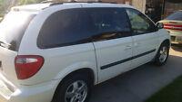 2006 Dodge Caravan SXT Minivan, Van, Safetied