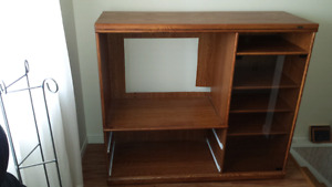 Palliser oak TV cabinet