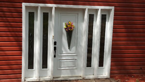 STEEL ENTRY DOOR WITH 4 BEVELLED SIDE LIGHTS