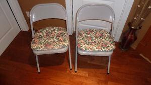 chaises de métal