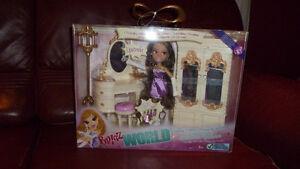NEW Bratz World Yasmin's House with doll