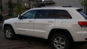 2014 Jeep Grand Cherokee Laredo SUV, Crossover