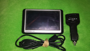 For sale, 250w Garmin GPS with USB car charger.