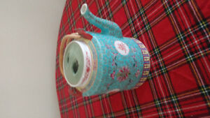 Chinese tea pot blue colorful ceramic
