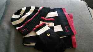 Juicy Couture Hat Glove and Scarf  Set  Cambridge Kitchener Area image 1
