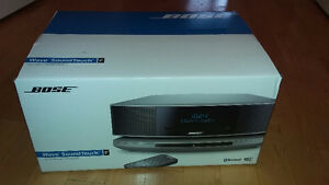 BRAND NEW MINT CONDITION BOSE Wave SoundTouch System IV Oakville / Halton Region Toronto (GTA) image 2