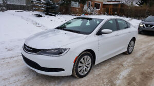 2015 Chrysler 200 Low Kms Only $11600  Call 780-919-5566