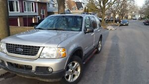 2002 Ford Explorer great for parts or handy person
