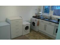 1 bedroom share in 2 bedroom Property