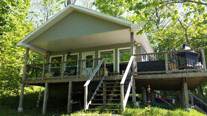 2 bedroom Waterfront Cottage for Rent on the Rideau CanalSystem