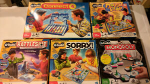 U-BUILD BOARD GAMES SET - SOME NEVER USED