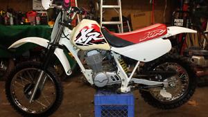 Honda xr 80 r dirtbike