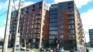 2Bed/1Bath in Montreal Namur available 1th May    $1266