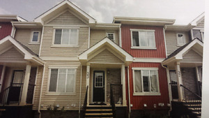 FOR RENT 3 BEDROOM  TOWN HOME  GREAT LOCATION CHEAP RENT