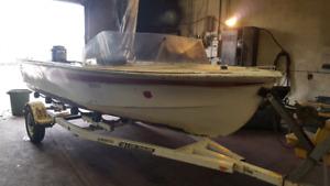17 ft fiberglass boat with 65hp mercury
