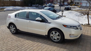 2014 Chevrolet Volt with Leather Seats