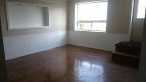 3 bedroom (all inclusive) West end & garage available