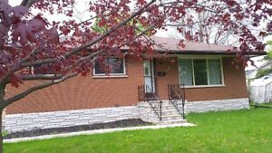 Student Rental - Inclusive - $485-$525 - 3 Bedrooms Available!