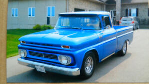 VERY RARE SHORT BOX FLEETSIDE 1962 C10 CUSTOM