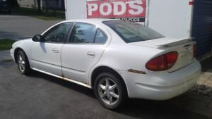 2004 Oldsmobile Alero 6 CYLINDER 4 DOOR