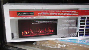 ~BRAND NEW IN BOX~ Faux Fireplace w/ Space Heater ~WORTH $350~
