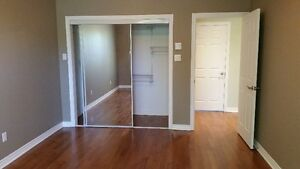 ***4 1/2 Beautiful Condo Style Apartment in NDG, available NOW!