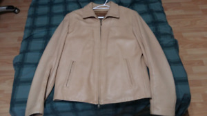 Men's Danier Italian Leather Jacket Made in Canada Size Medium