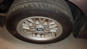 2000 BMW E39 5-Series 528i Great running, clean. Just serviced Windsor Region Ontario image 10