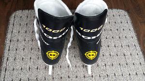Koho Men's hockey skates - size 7D $15 obo Kitchener / Waterloo Kitchener Area image 7
