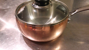 Beautiful copper 1.5L sauce pot