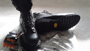 Size 10 mens new winter boots Peterborough Peterborough Area image 1