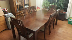 Solid wood 6 seater dinning room table set