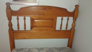 Solid Maple Twin bed with box spring