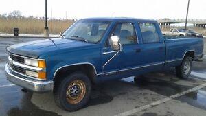 *pickup gm 3500 1997 5.7 vortec auto 2x4 4porte..1600$*