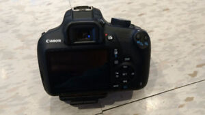 Canon T5 with 2 lenses and complete gear set