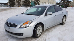 2009 Nissan Altima 3.5 S only 92,000KM