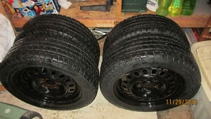 NEW PRICE: 225/55R17 Winter Tires on Steel Rims [4] Gatineau Ottawa / Gatineau Area image 2