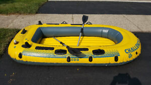 Intex Challenger 400 Inflatable 4-Person Boat