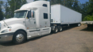 Truck and trailer for hire 500 kms radoiuos own cvor and insuran