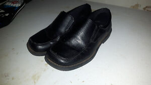 Youth Boys dress shoes size 13