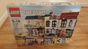 Lego Creator Bike Shop & Cafe Set 31026