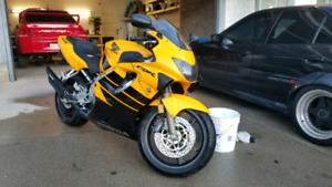 1999 Honda CBR600F4