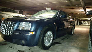 2008 chrysler 300, low km and reliable