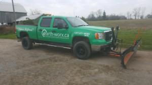 08 GMC 2500 diesel with 8' arctic plow