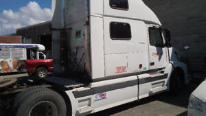 2005 Volvo Other VNL 780 Other