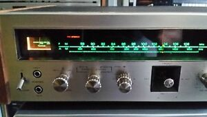 Vintage Home Stereo Receivers Turntable