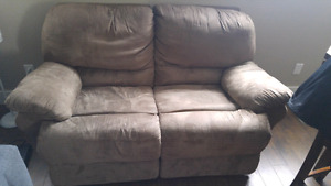 Layz boy love seat double recliner