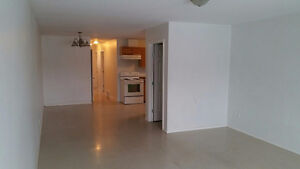 6 bedroom place for rent!