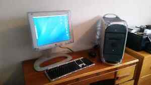 Mac G4 with monitor & keyboard